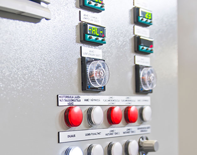 Industrial ovens control systems according to customer needs and operational use